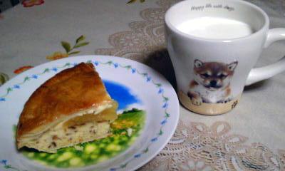 アップルパイとホットミルク