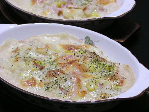 白菜とハムのグラタン