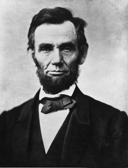 456px-Abraham_Lincoln_head_on_shoulders_photo_portrait_convert_20091117212648.jpg