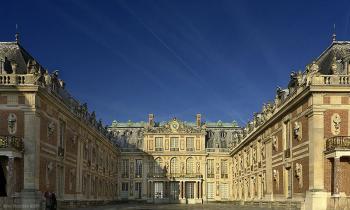 800px-versailles_palace_convert_20100108224108.jpg