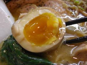09062420あってりめん・あってり麺(みそ) 味玉アップ