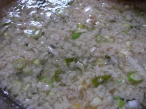 09062812もん吉・もん吉らぁーめん(しょうゆ)背脂2 スープ脂加減