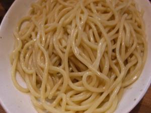 09070214○汁屋・味噌つけ麺 麺アップ