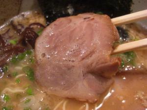 09080819いちご家・醤油豚骨らーめん (こってり、極細麺) チャーシューアップ