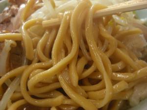 09092711ドンキタ・ラーメン小 麺アップ