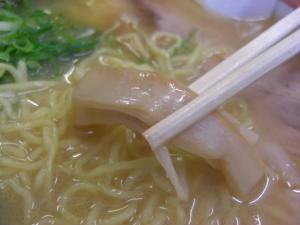 09123016ほた丸・塩ラーメン(コッテリ) メンマアップ