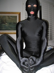 450px-Black_Zentai_Suit.jpg