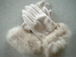 さくら野で買った手袋