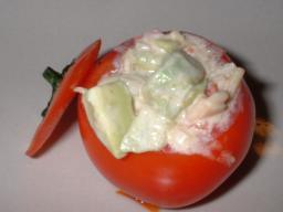 トマトのファルシサラダ