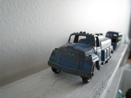 bluecar1.jpg