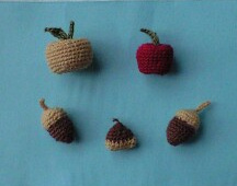 レース編みの木の実
