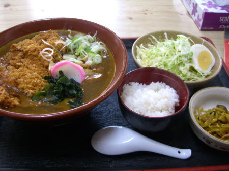 原泉食堂の勝加里(カツカリー)ラーメン