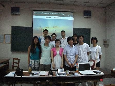 写真4:学生セッション後の集合写真