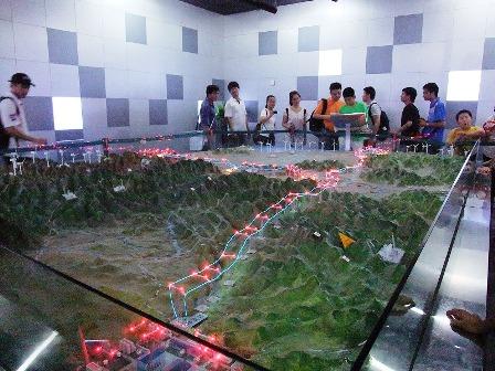 写真2:UHV計画に関する展示