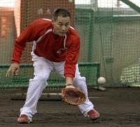前田智、来季も現役!21年目の復活へ-スポーツナビ