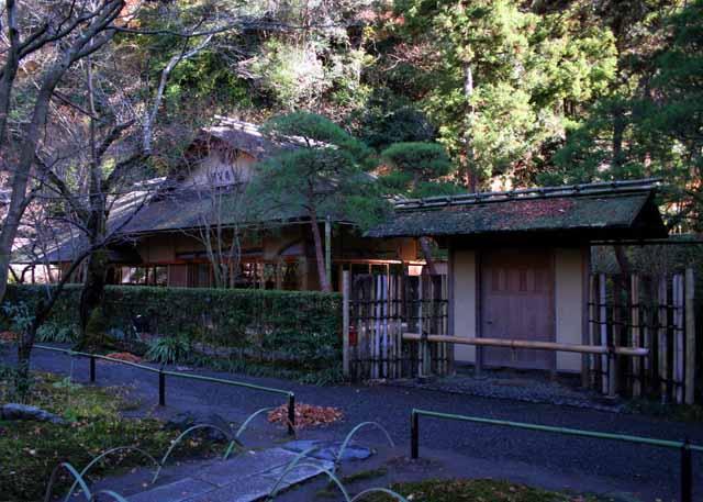 12tukikamakura12