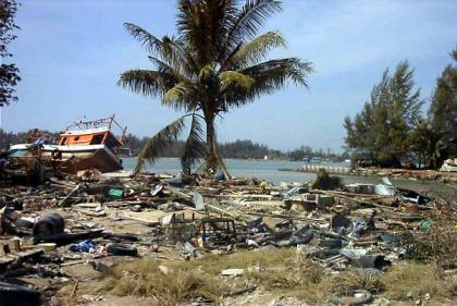 sumatra_tsunami_01b.jpg