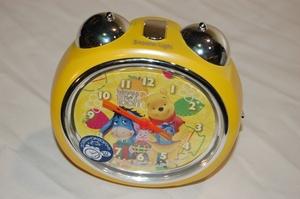 目覚まし時計「winnie the pooh」
