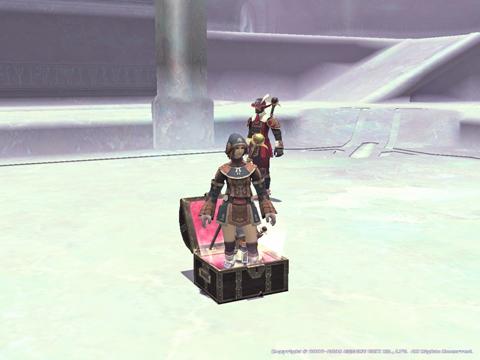 箱からは、いつものように女神と従者が!女神率高いよ!
