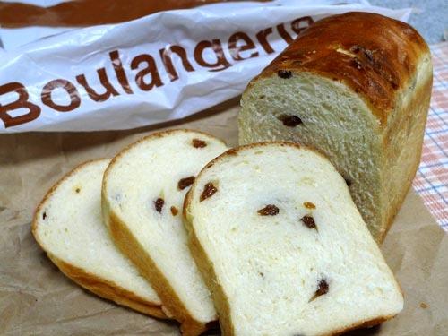 シェーブル 干しぶどうのパン