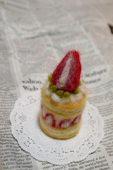 羊毛フェルトケーキ