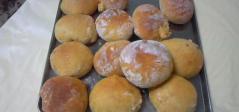 オレンジジャム入りパン