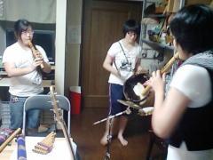 Ayaka(Q、B)、Erika(B、Z)、Massy(G、Bass、Q)