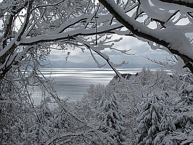 09.2.18名倉山からの猪苗代湖