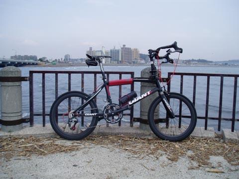 100324IDIOM江ノ島全景