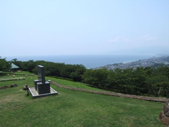 二宮・吾妻山公園は、太平洋を見下ろすDXには良いロケーション