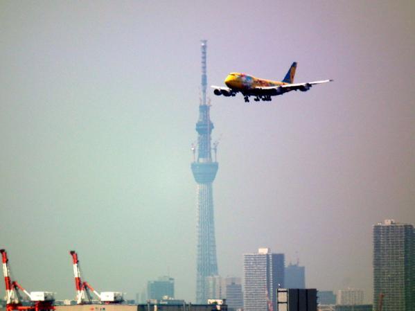 東京スカイツリーとANAポケモンジャンボ機