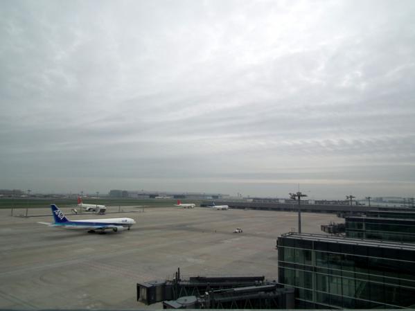 国際線ターミナル 5階の展望デッキからの眺め