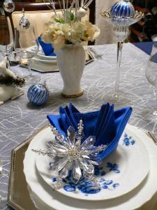 ブルー×シルバークリスマステーブル