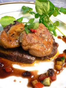 牛ヒレ肉とフォアグラのソテー