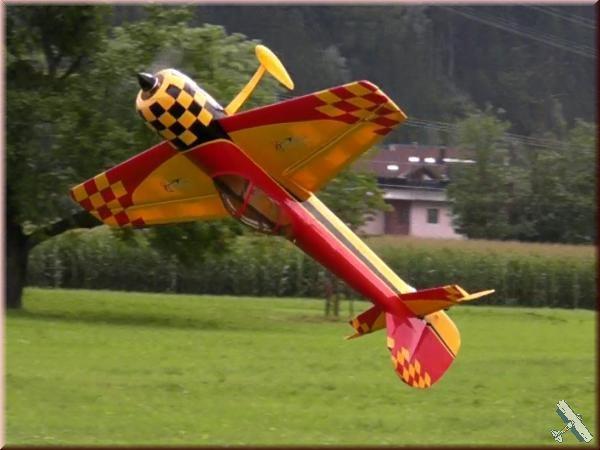 yak55m_1_4y-flug1.jpg