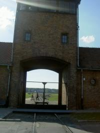 アウシュヴィッツ収容所