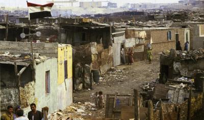 貧困 イメージ3