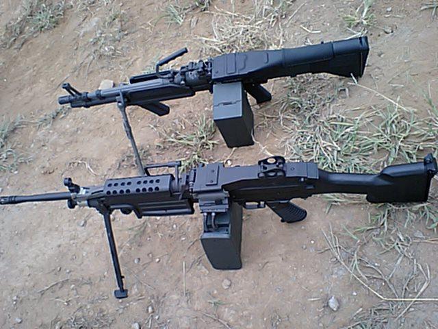 M60とミニミ