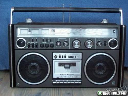 rad-boombox-ghettoblaster-a2.jpg