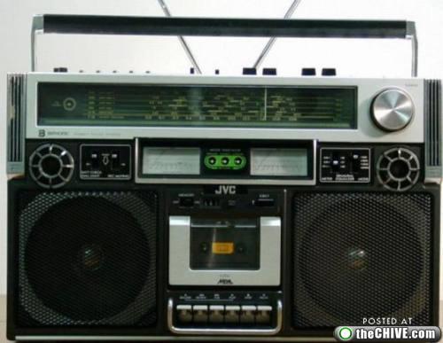 rad-boombox-ghettoblaster-a5.jpg