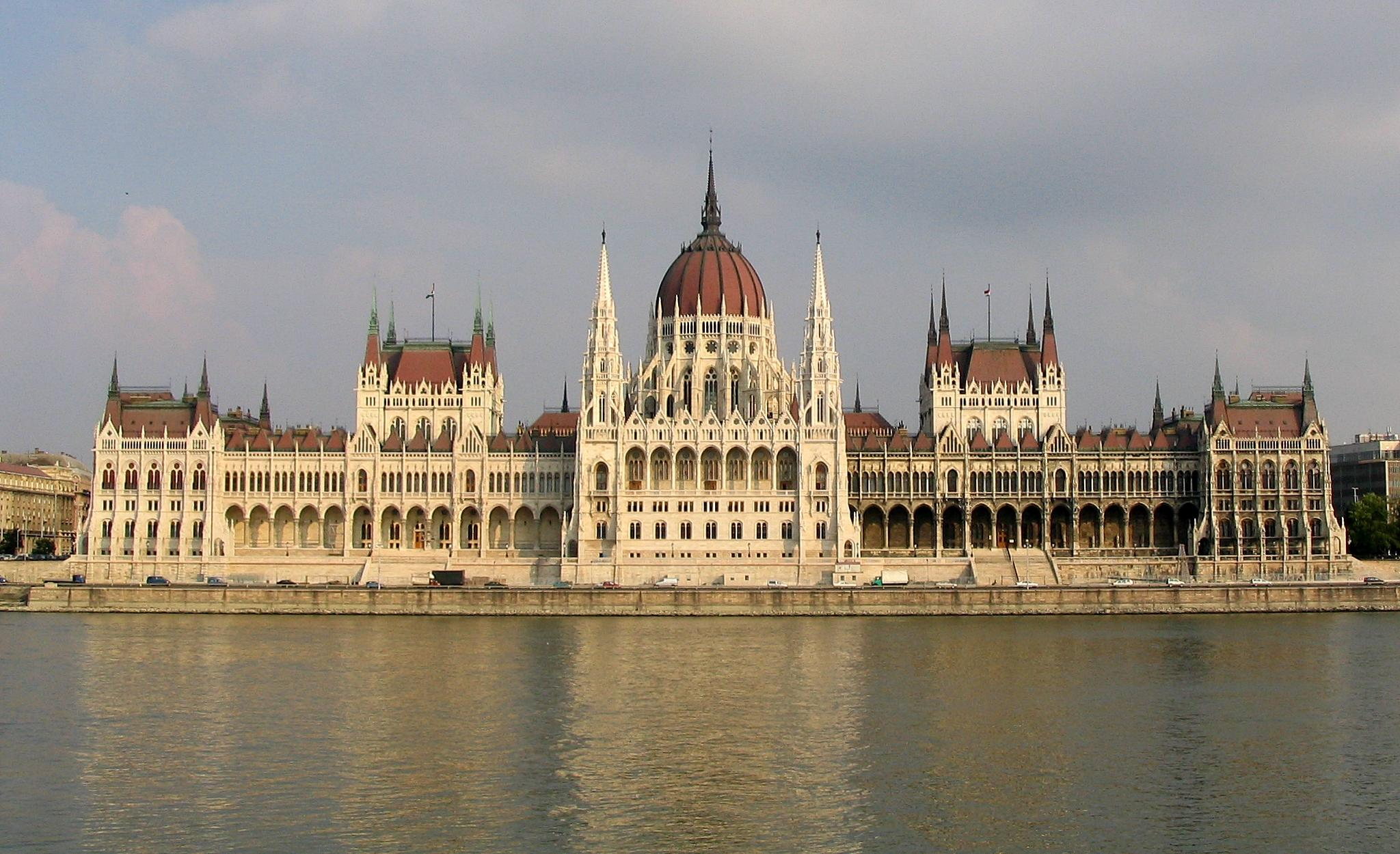 Budapest_Parliament_4604.jpg