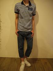 B.BLUEフロッキーストライプポロシャツ
