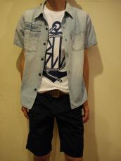 シャンブレー2ポケットシャツ