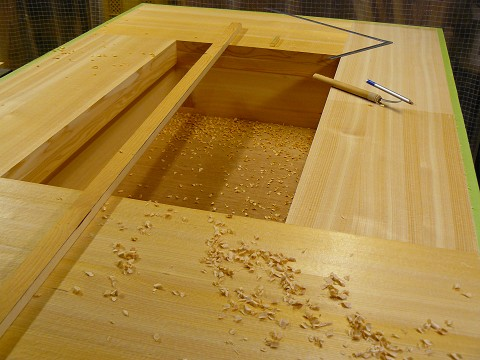 天板の仕上げ加工