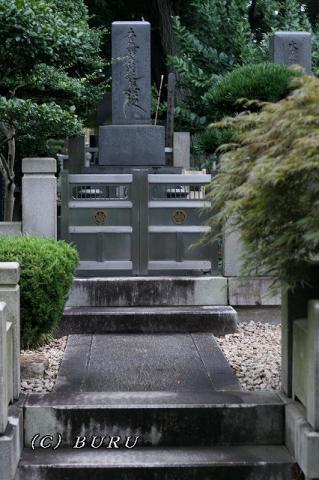 力道山のお墓 (2)