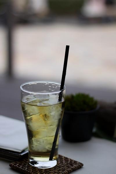 LON CAFE044