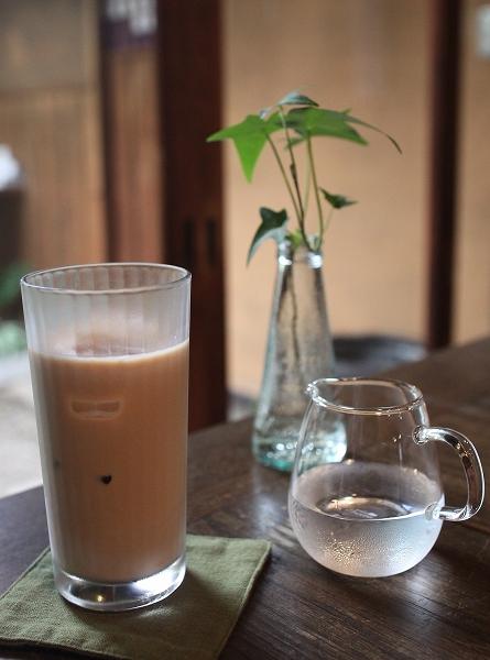 Ratna Cafe007