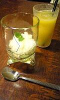 悠日Cafe◇洋ナシのシャーベット&オレンジジュース
