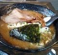 ヨシベー とんこつお魚