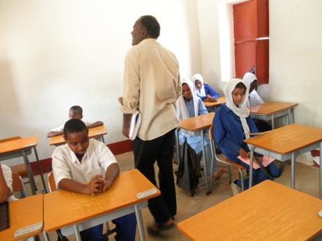 エルヌール盲学校の授業風景